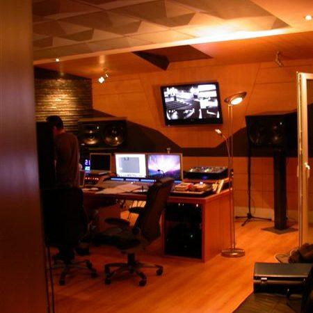 DJ Pete Tha Zouk