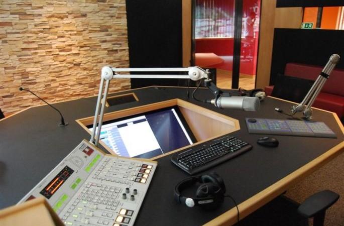 Radio_Fado_06.JPG_685